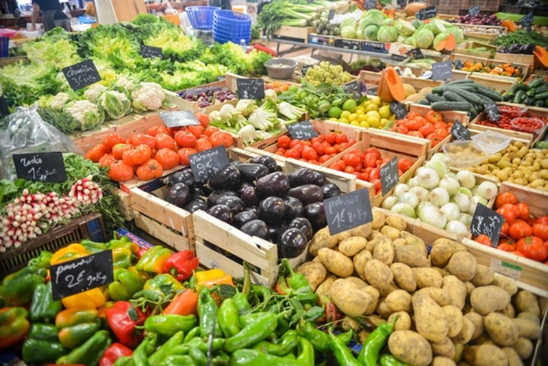 Do you really need to eat ten portions of fruit and veg a day?
