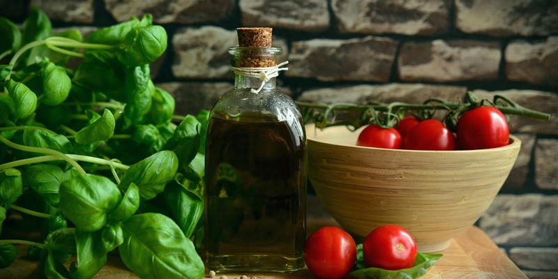 Effects of the Mediterranean diet and physical activity on brain function in UK adults